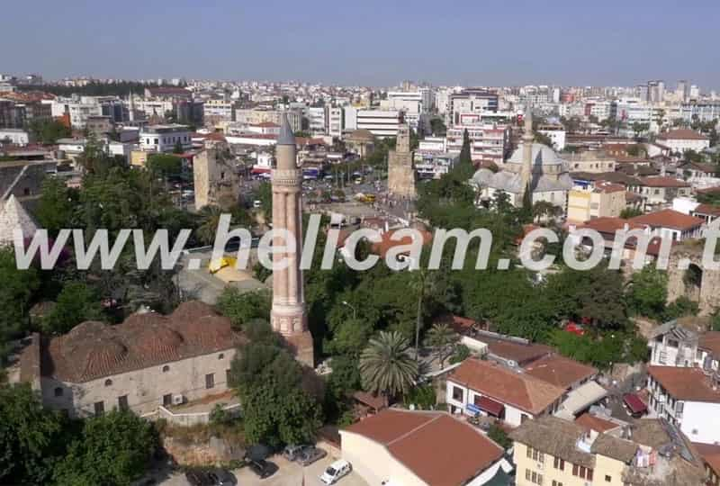 Yivli Minare Stok Video
